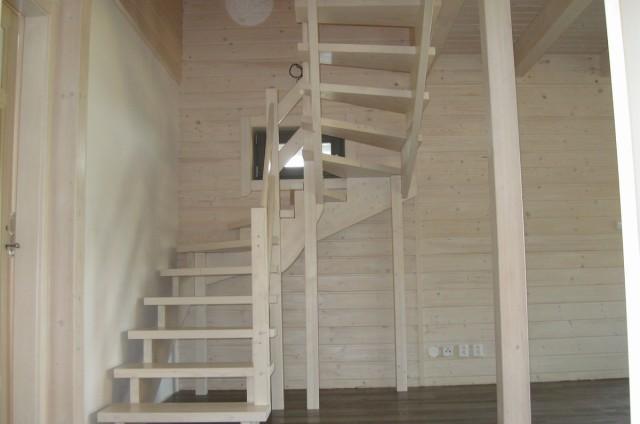 Podkrovní srubový dům Beroun