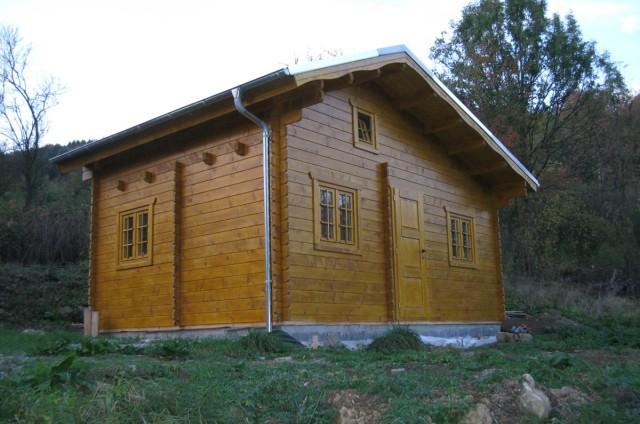 Menší srubová chata Púchov (SR)