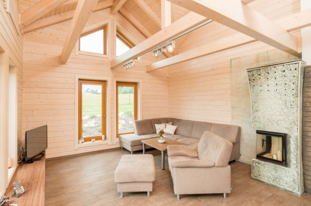 Obývací pokoj srubového domu