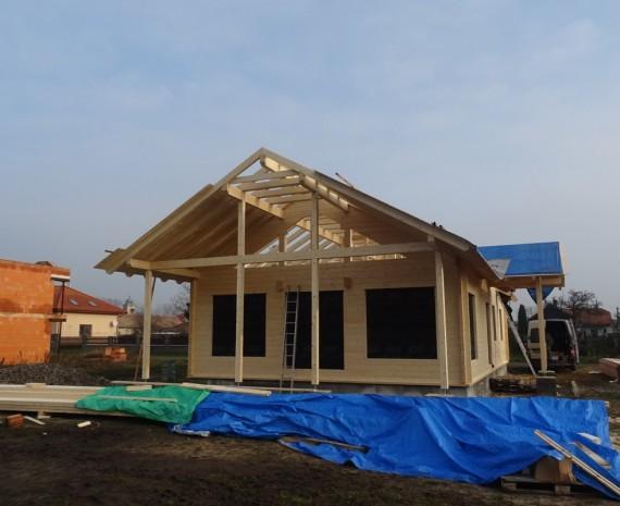 Zateplení střechy srubového domu