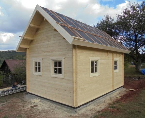 Zateplení střechy víkendového srubu