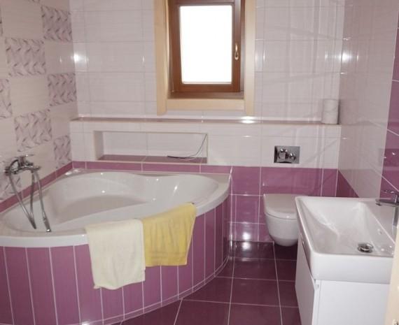 Koupelna v dokončené dřevostavbě